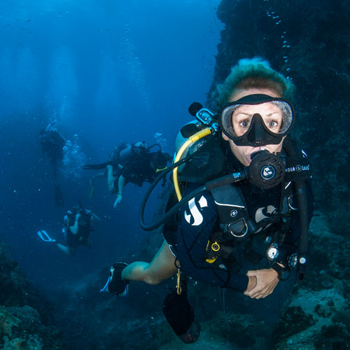 PADI deep diver specialty course in Koh Tao Thailand